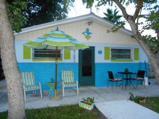The SEASIDER COTTAGE ~ GULF OF MEXICO CANALFRONT - Hudson vacation rentals