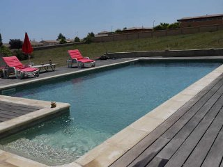 Valros holiday villa in South France with private pool sleeps 6 - Valros vacation rentals