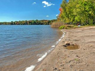 Pocono Lake Resort Home w/Spacious Private Deck!