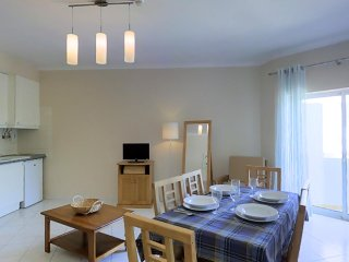 Apartment S at Oura - 5min from Aveiros/Oura beach - Areias de Sao Joao vacation rentals