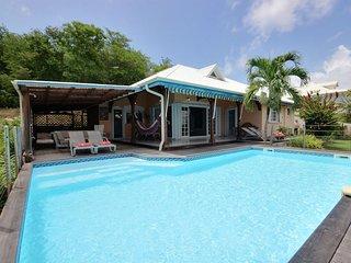 Superbe villa 4CH, piscine, proche plage et surf - La Trinite vacation rentals