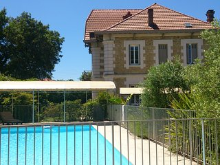 Nice Resort with Internet Access and Shared Outdoor Pool - Pontenx-les-Forges vacation rentals