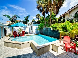 Seaside Beach Cottage 1 Building from the sand on exclusive north Clearwater - Clearwater Beach vacation rentals