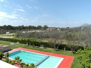 Cozy 1 bedroom Condo in L'Estartit with Shared Outdoor Pool - L'Estartit vacation rentals
