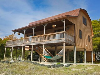 Cozy 3 bedroom Emerald Isle House with Grill - Emerald Isle vacation rentals