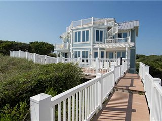 Gorgeous Emerald Isle House rental with Shared Outdoor Pool - Emerald Isle vacation rentals