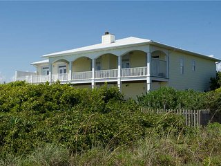 Beautiful House with Shared Outdoor Pool and Hot Tub - Salter Path vacation rentals