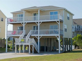 Bright 4 bedroom House in Emerald Isle with Hot Tub - Emerald Isle vacation rentals