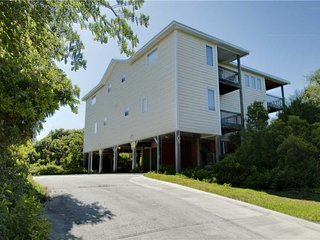 Lazy Whale East - Emerald Isle vacation rentals
