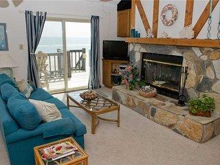 Cozy 2 bedroom Apartment in Emerald Isle - Emerald Isle vacation rentals