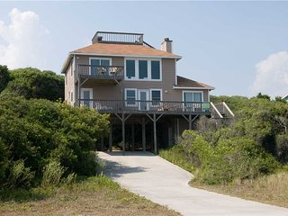 Bright House in Emerald Isle with Fireplace, sleeps 8 - Emerald Isle vacation rentals