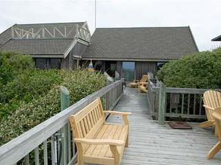 5 bedroom House with Grill in Pine Knoll Shores - Pine Knoll Shores vacation rentals