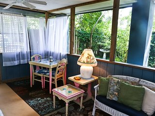 Cozy Condo with Housekeeping Included and Television - Tybee Island vacation rentals