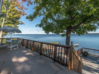 Waterfront cottage overlooking Georgian Bay. - Midland vacation rentals