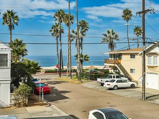 Oceanview Condo located just steps from the beach - Oceanside vacation rentals