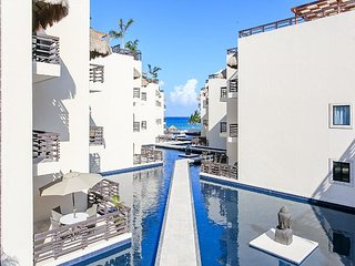 Full Renovate few steps from Mamitas Beach- Beautiful Condo with Private Pool - Playa del Carmen vacation rentals