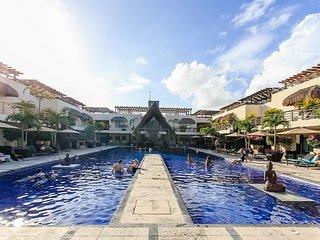 PERFECT FOR A ROMANTIC GETAWAY just steps from Mamitas Beach - Playa del Carmen vacation rentals