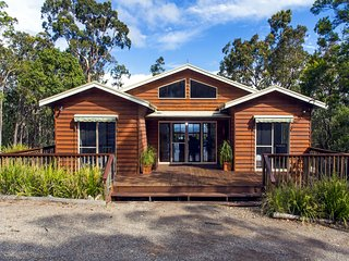 Perfect Cabin with Deck and A/C - Vacy vacation rentals