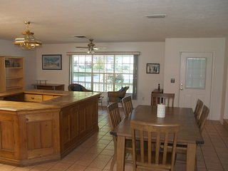 Gorgeous House with Television and Water Views - Tampa vacation rentals