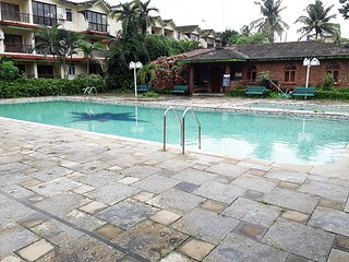 2BHK Pool Facing AC Kamat Apartment in Calangute - Calangute vacation rentals