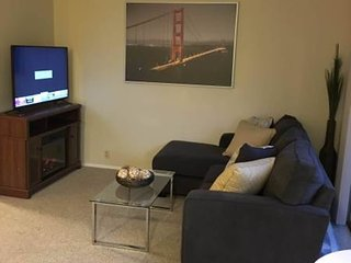 1 bedroom Apartment with Internet Access in Burlingame - Burlingame vacation rentals