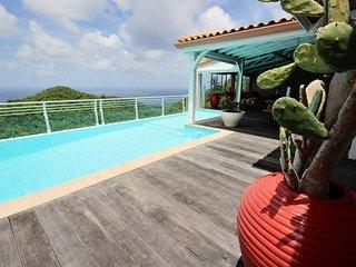 Superbe villa 4CH, piscine, vue mer,proche plage - Sainte-Luce vacation rentals