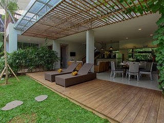 3-Bedroom Villa with Shallow Pool - The Poh - Kedonganan vacation rentals