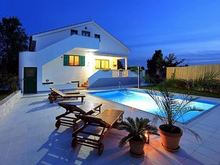 VILLA IN THE CENTER OF ZADAR, 3KM FROM THE SEA - Zadar vacation rentals
