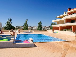 Dunas do Mar Penthouse with Jacuzzi, WiFi & A/C - Lagos vacation rentals