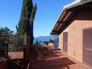 Villa Twins .uno sguardo sul mare.... un incanto - Ansedonia vacation rentals