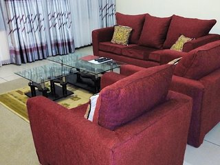Cozy 3 bedroom Nairobi Condo with Internet Access - Nairobi vacation rentals