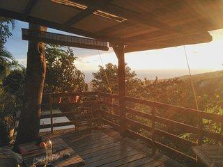 Bungalow en pleine nature / piscine et vue mer - L'Etang-Sale vacation rentals