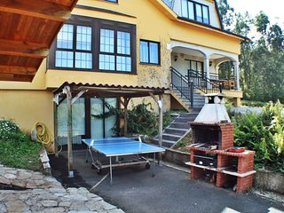 Lovely, cozy villa with swimming pool and barbacue near Coruña and Ferrol - Mino vacation rentals
