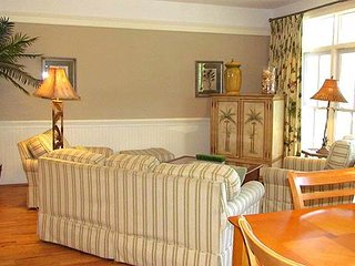 "801A Jungle Road - ""Carolina Dreamin'"" - Edisto Beach vacation rentals"