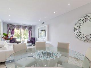 Casa del Golf  - Beautiful Garden Front Line Golf - Nueva Andalucia vacation rentals