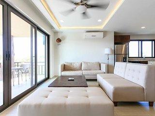 Luxury condo-hotel in Puerto-Aventuras, just few steps to Caribbean beaches - Puerto Aventuras vacation rentals