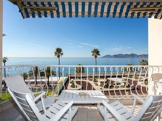 2 Bedrooms with sea view 329 - Cannes vacation rentals