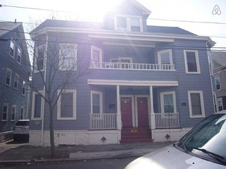 Renovated 1st Floor 4BR Near Historical District - Salem vacation rentals