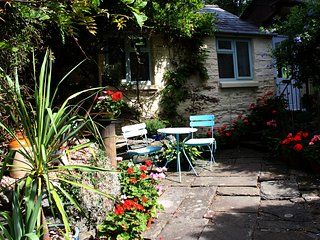 Perfect Studio with Internet Access and Central Heating - Parkend vacation rentals