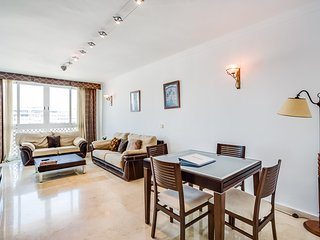II Penthouse with sea views - Puerto Banus - Nueva Andalucia vacation rentals