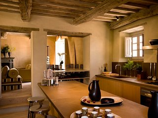 Perfect 3 bedroom Castiglioncello del Trinoro House with Housekeeping Included - Castiglioncello del Trinoro vacation rentals