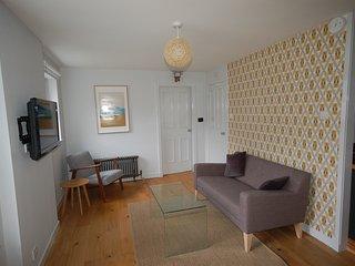 Quiet luxury flat in peaceful courtyard setting - Newbridge vacation rentals