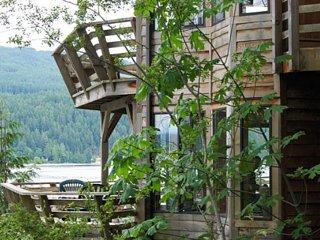 Desolation Sound Resort Chalet 8a: 1 Bedroom - Lund vacation rentals