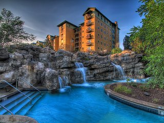 Riverstone Resort Luxury 2 bedroom 2 bath condo!!! - Pigeon Forge vacation rentals
