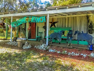 The Sleeping Porch at Boerne Stage Ranch - Boerne vacation rentals