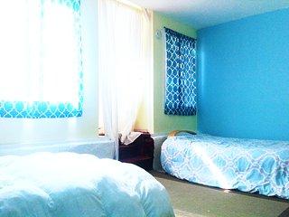 Large room w Garden access center of San Francisco - San Francisco vacation rentals