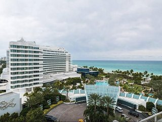 Fontainebleau Junior suite Sorrento - Miami Beach vacation rentals
