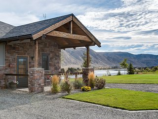 Modern Rustic Retreat~Private Carriage House~River - Bozeman vacation rentals