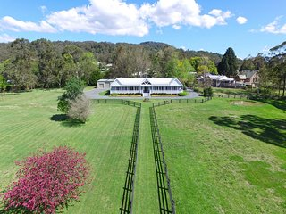 Gorgeous 6 bedroom House in Kangaroo Valley - Kangaroo Valley vacation rentals