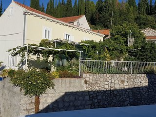 Nice House with Internet Access and Television - Trsteno vacation rentals